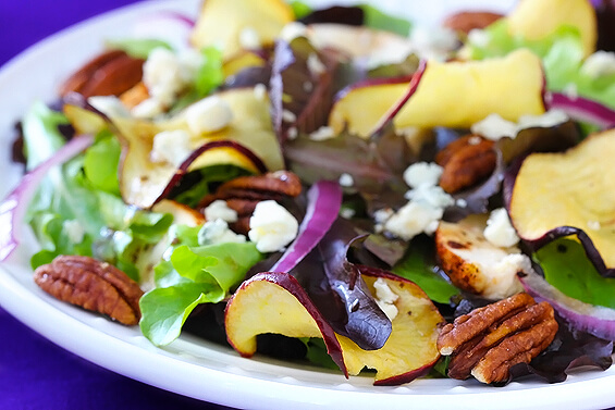 CRISP APPLE SALAD